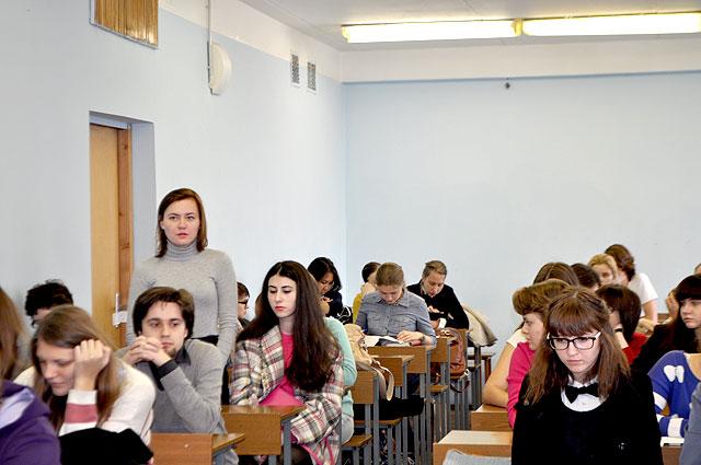 Отчет о собрании по переводческой практике студентов романо  Выступает Мария Горбунова